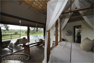 The bedroom and private pool at Singita Boulders