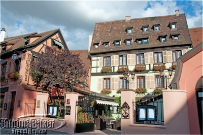 Romantik Hotel Le Maréchal opened onto a private courtyard