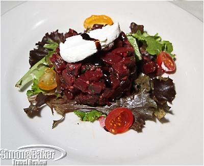 Beet and arugala salad