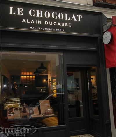 Le Chocolat storefront on Rue Saint-Benoite