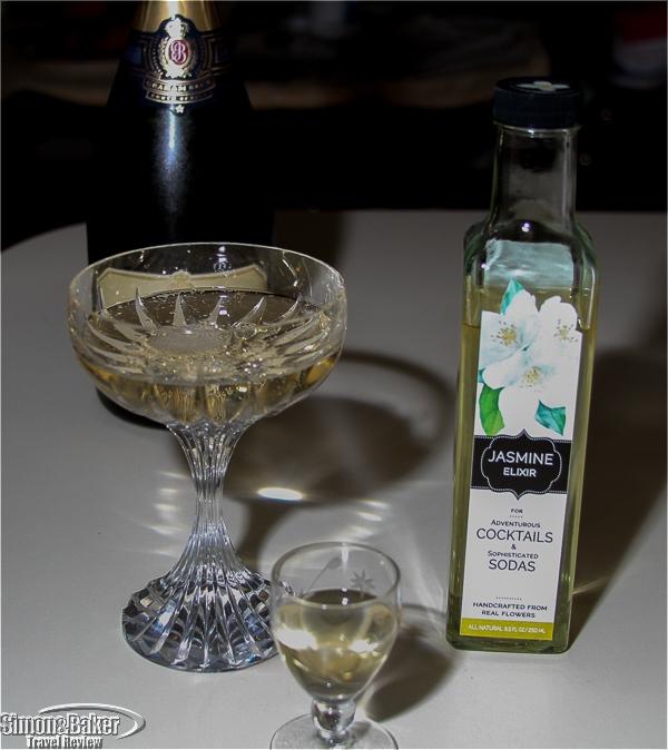 Jasmine in Brut Champagne