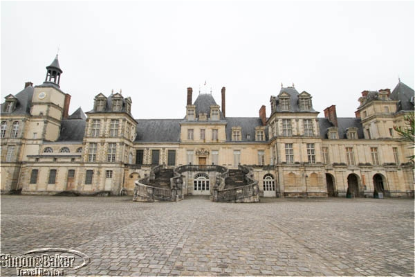 Fontainebleau Castle from the gate
